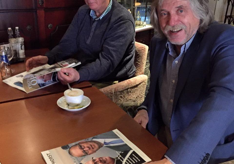 Trots op Staphorst overhandigd aan Johan Derksen